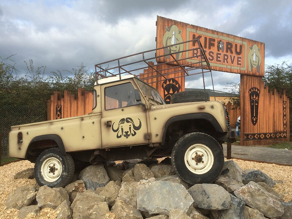 Kifru Reserve Land Rover