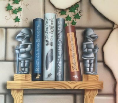 Knightly Bookends