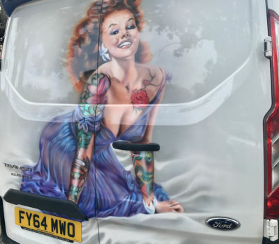 Glamour on Van